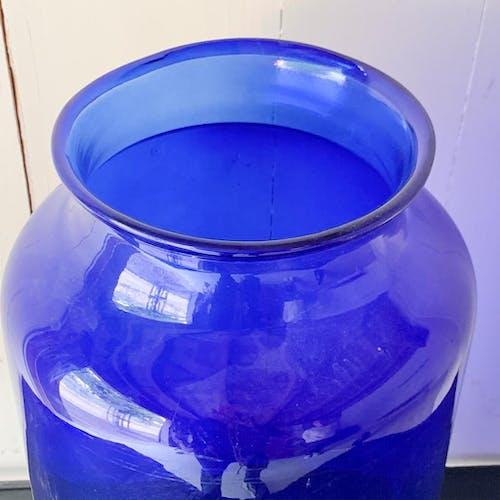 Vase hongrois bleu transparent