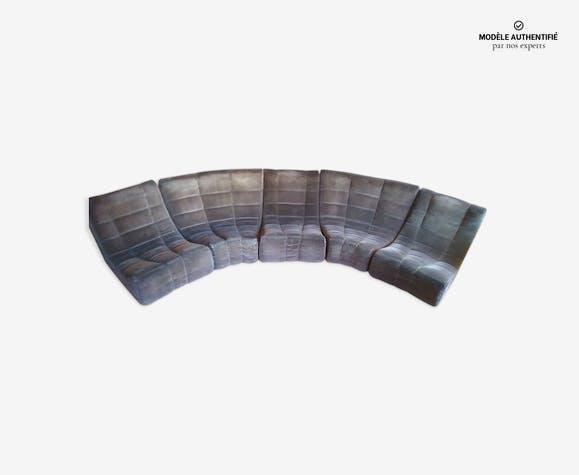 Canapé demi cercle Gilda par Michel Ducaroy en velours côtelé
