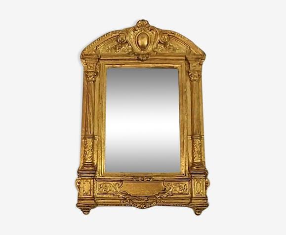 Miroir doré en résine à suspendre