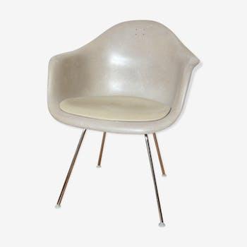 Armchair Eames Herman Miller model Dax Vitra