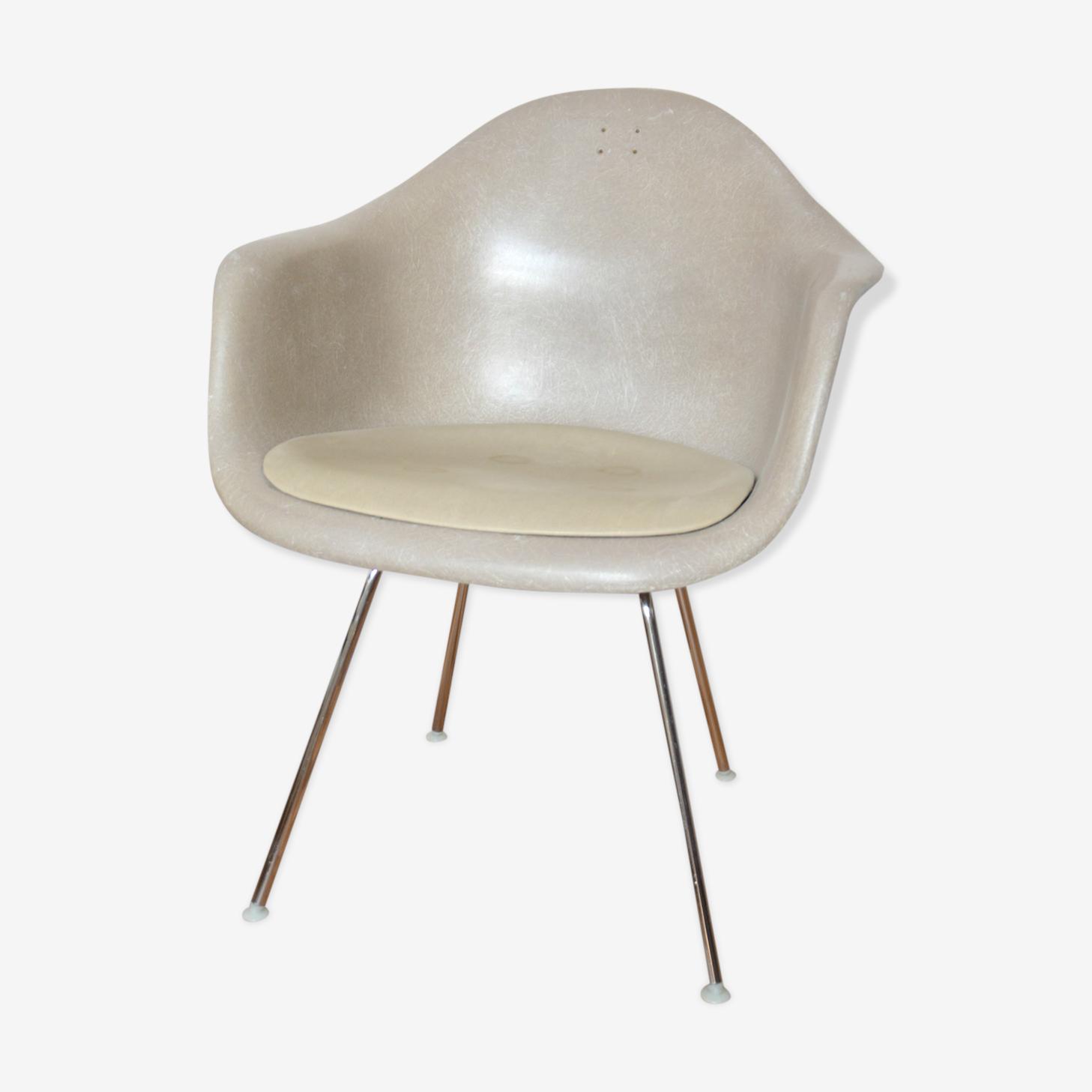 Fauteuil Eames Herman Miller modèle Dax Vitra