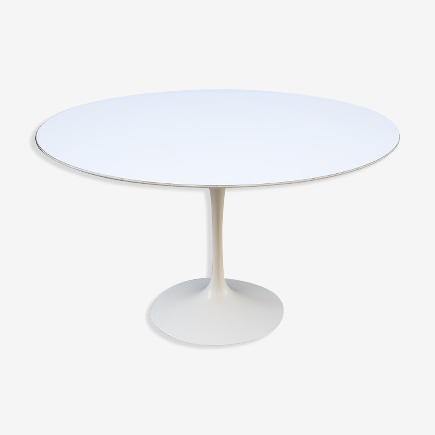 Table à manger Eero Saarinen pour Knoll en mélaminée