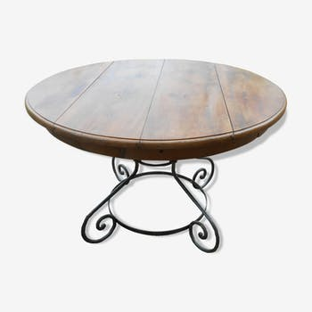 Round table with wrought iron legs