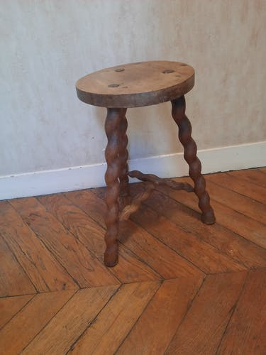 Turned wooden brutalist tabouret