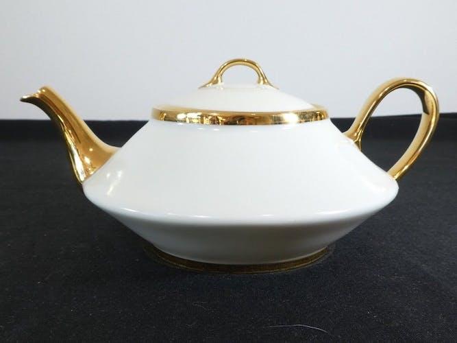 Service a café thé en porcelaine de Limoges