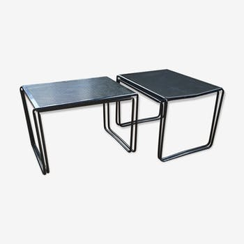 Duo of 2 tables pull-out metal perforated