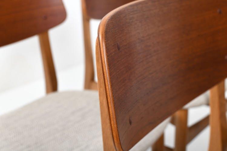 Ensemble de six chaises à manger danoises