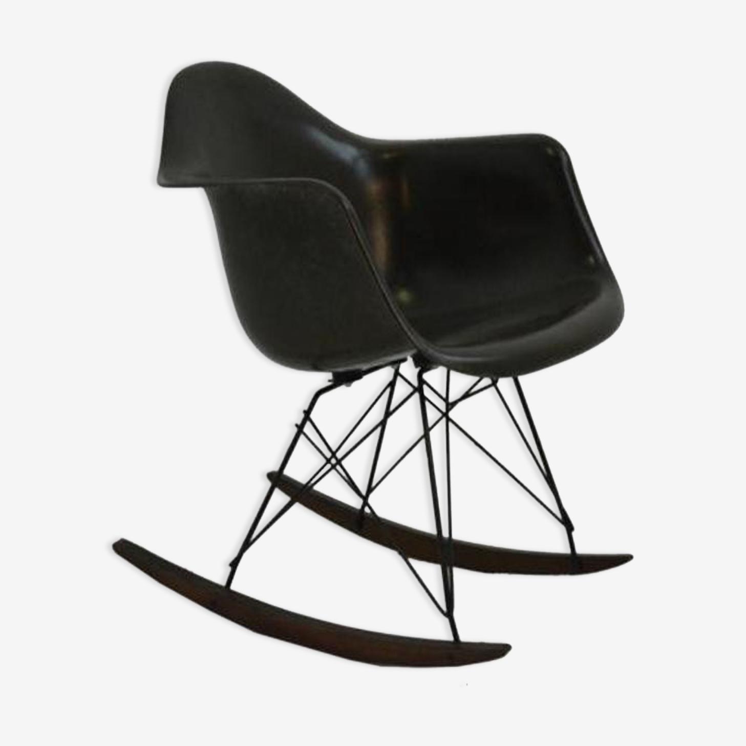 """Rocking chair """"rar"""" de Charles et Ray Eames"""