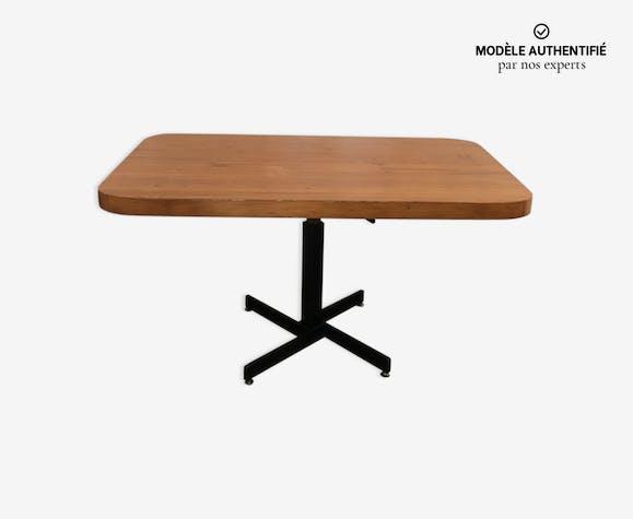 Table de Charlotte Perriand
