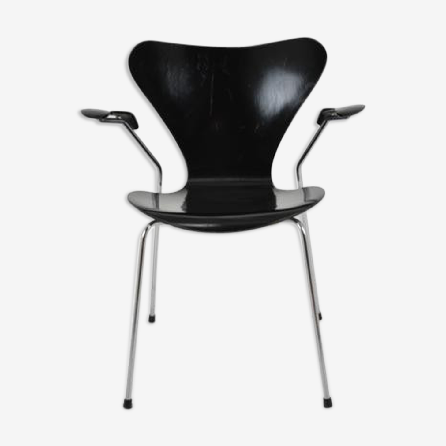 Series 7 armchair, Arne Jacobsen edited by Fritz Hansen 1982