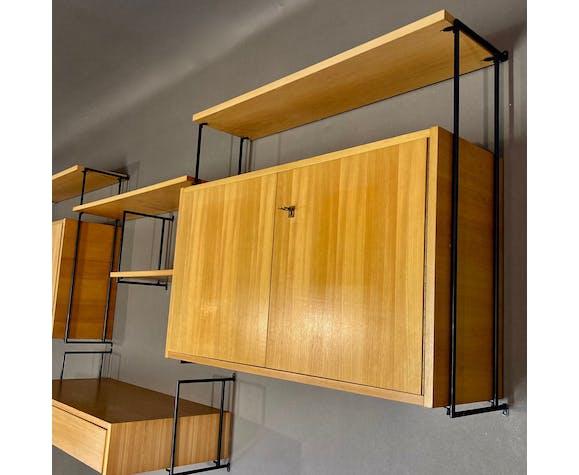 Étagère modulable et son bureau design 1950