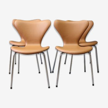 Set of 4 chairs from Arne Jacobsen