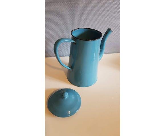 Cafetière émaillée bleu clair vintage