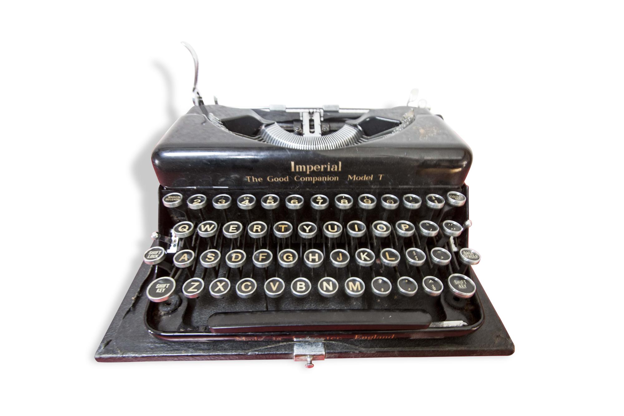 Machine à écrire Imperial Model T