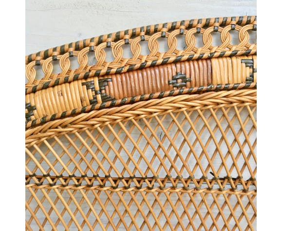 Braided rattan headof