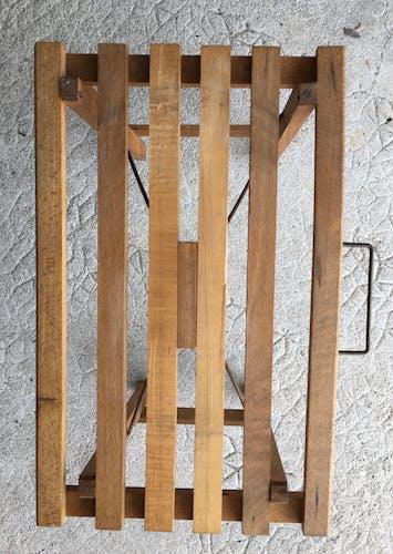 Tabouret en bois pliant