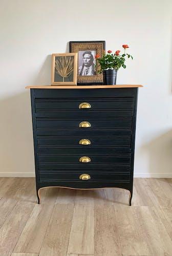 Commode vintage noir et or
