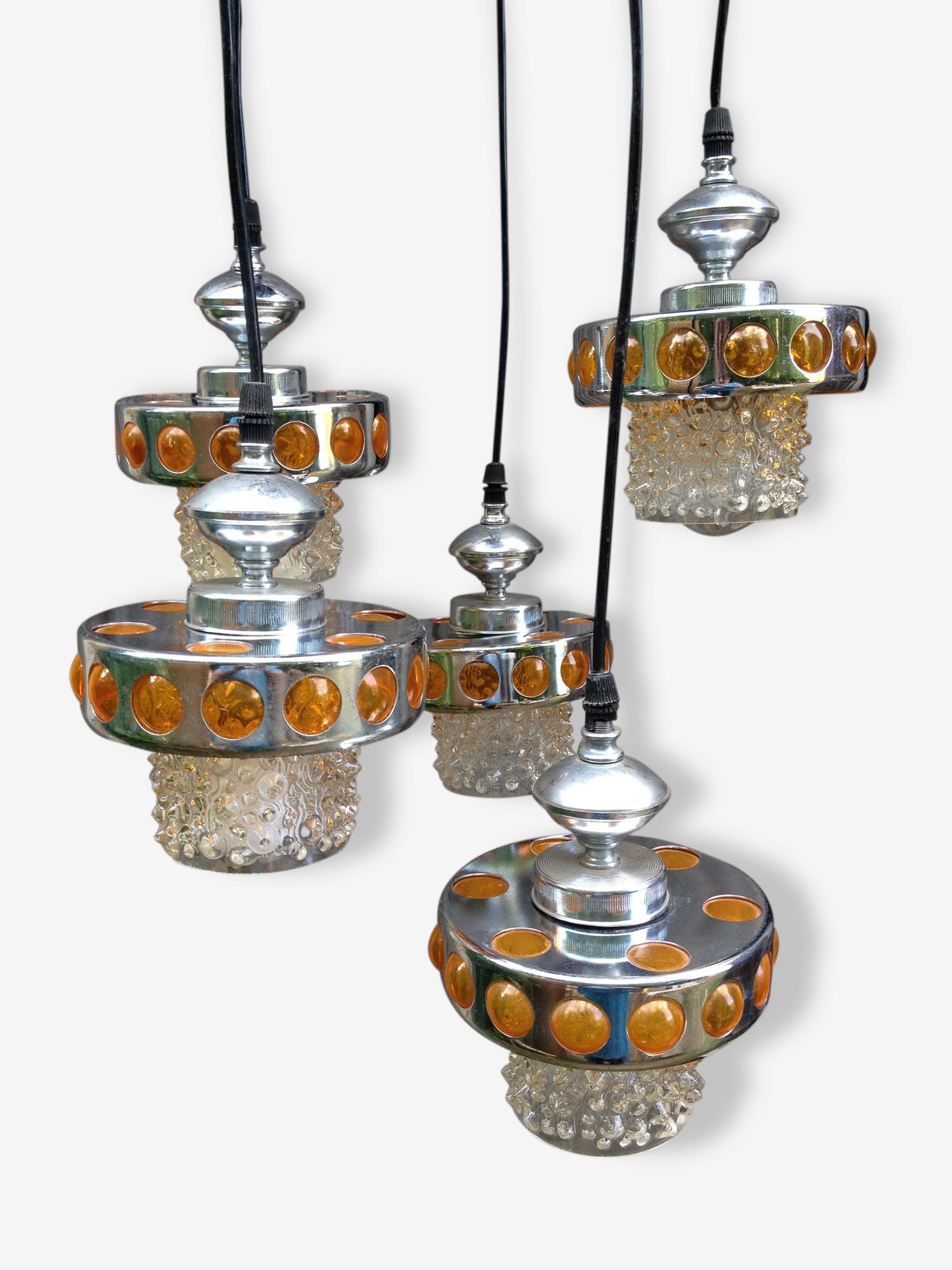 Suspension lustre vintage 1970 RAAK, 5 points lumineux, globe en verre bulle, métal chromé plastique orange