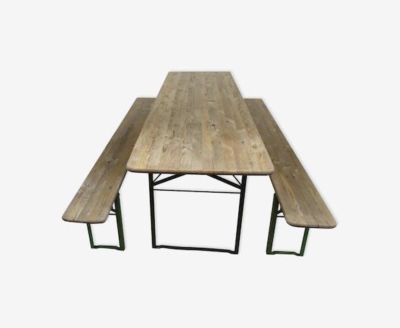 Table Industrielle Pliante Avec Ses Bancs Années 5060 Fer Vert