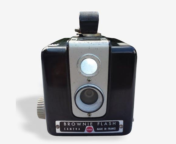 Appareil photographique culte vintage 1960 Brownie Flash, Kodak. Made in france.
