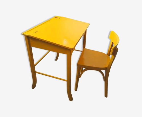 Set table and school chair