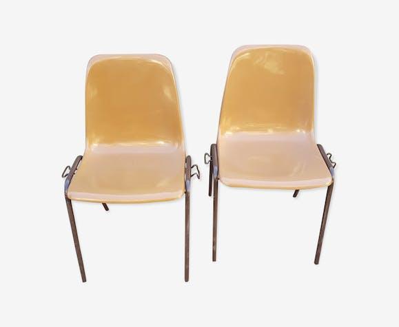 Paire de 2 chaises vintage école plastique moulé années 60 ...