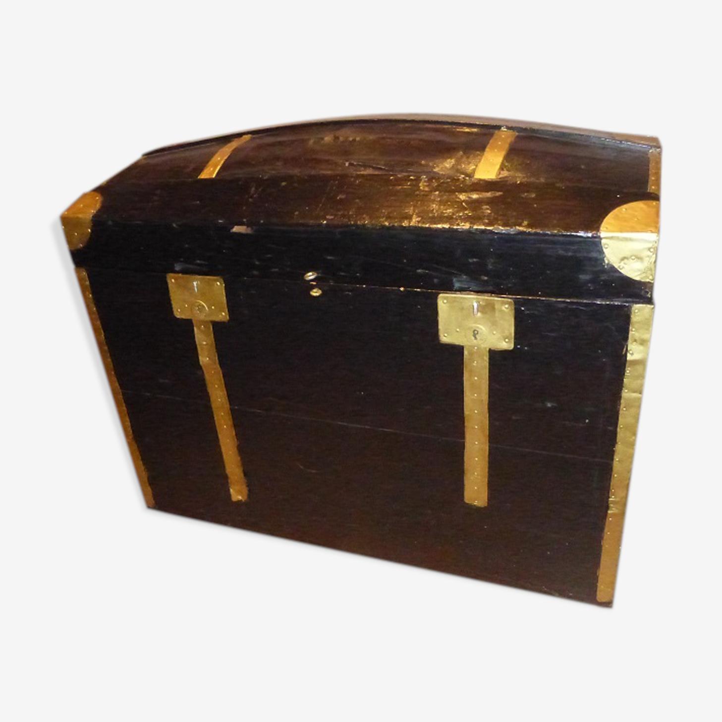 Malle en bois couleur noir et or