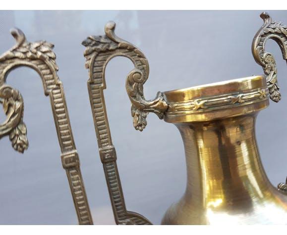 Paire vases amphores Napoléon III en laiton | Selency