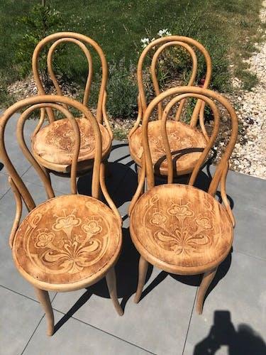 Lot de 4 chaises Thonet