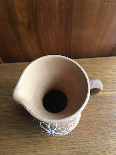 Vase pichet en terre cuite