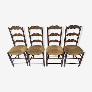 Suite de 4 chaises paillées campagnardes