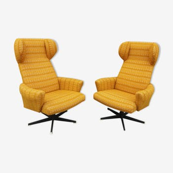 Paire de fauteuil pivotantes à glissière, produit par Drevotvar 1970's