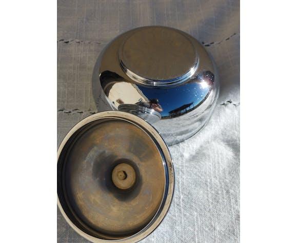 Candy or sugar bowl silver metal