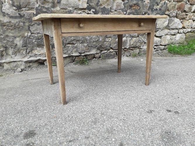 Table de ferme rustique