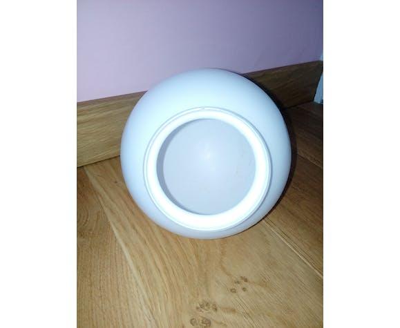 Globe opaline blanche