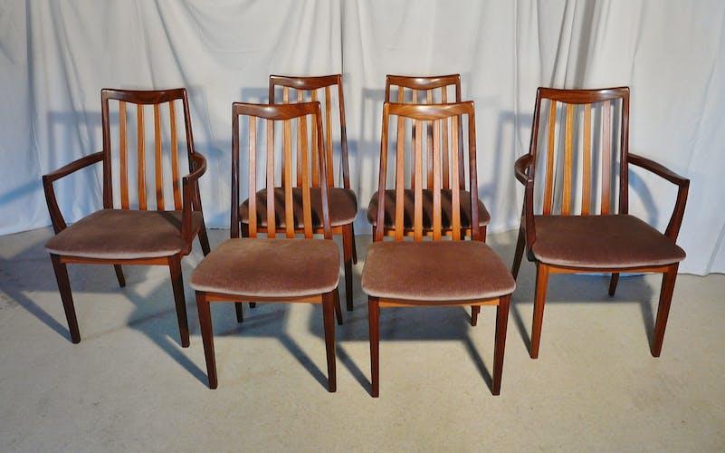 Ensemble table extensible avec 6 chaises scandinaves en teck G Plan