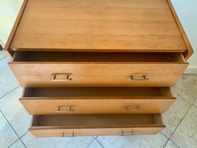 Commode vintage a trois tiroirs années 60