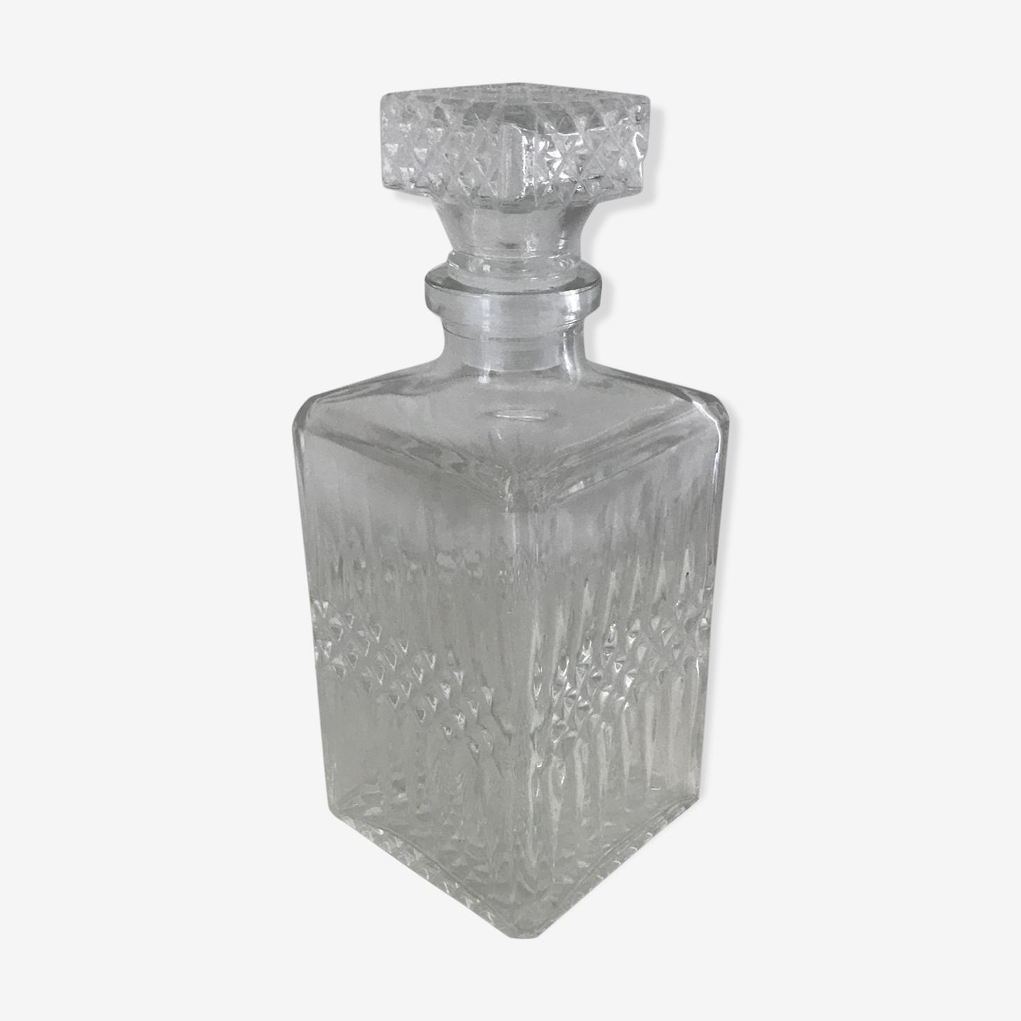 Cafare à whisky en verre moulé effet taille diamant