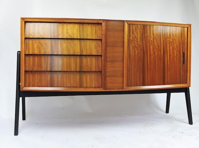 Buffet tambour du milieu du siècle et 4 tiroirs en Afromosia des années 1960