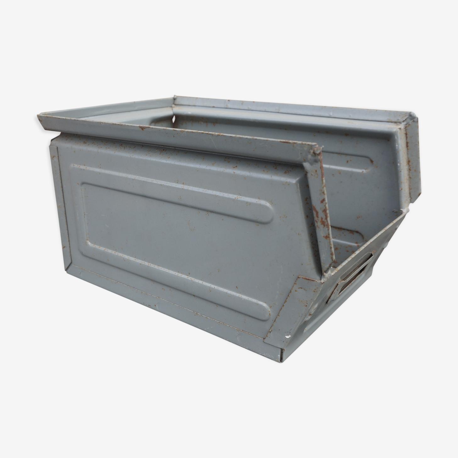 Small box metal
