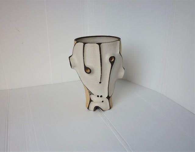 Vase conversation .