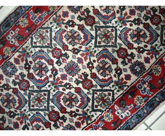 Carpet vintage Indian Agra done hand 70 x 137cm