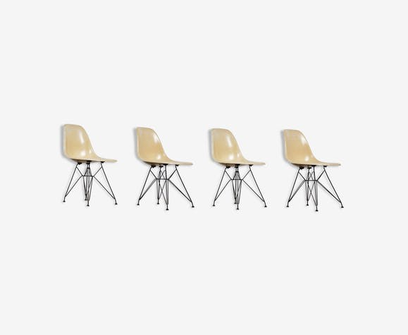 4 chairs Eiffel Charles & Ray Eames for Herman Miller 1970s