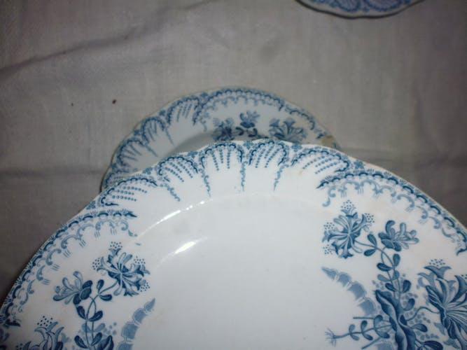 Lot 3 assiette creuse faience St Amand et Hamage regence