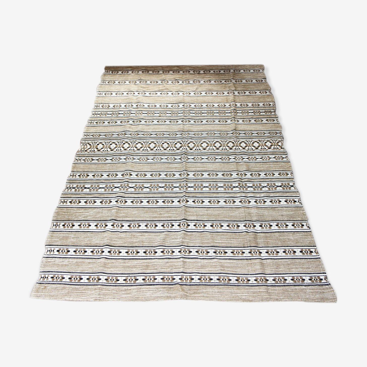 Tapis ethnique en laine 256 x 174cm