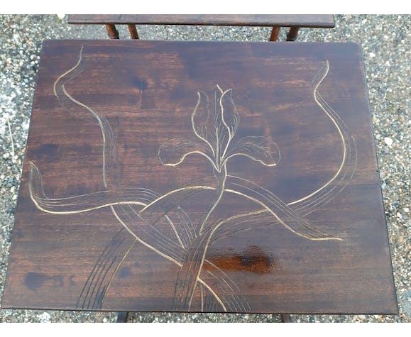 3 Tables gigognes en pin