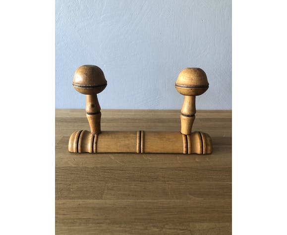 Patère en bois vintage