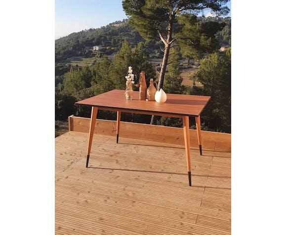 Vintage table compass feet