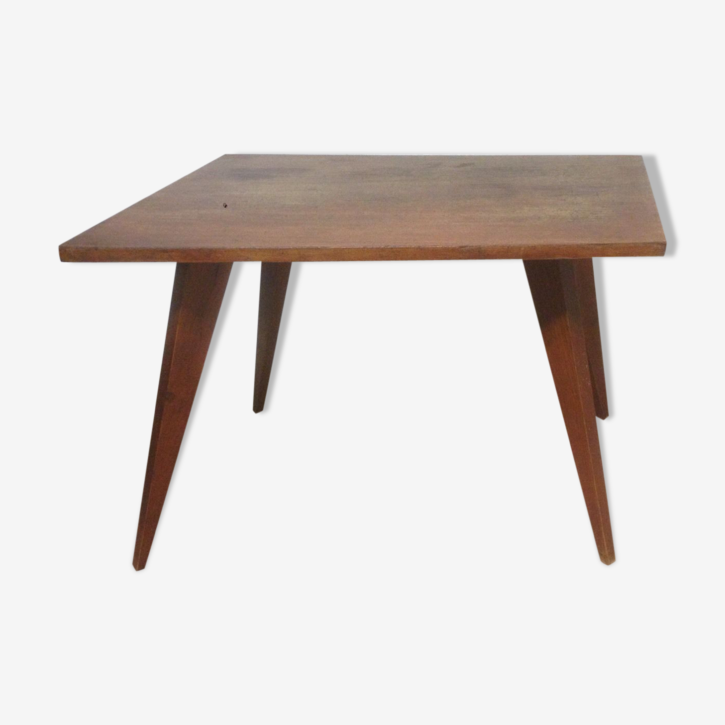 Table base style scandinave