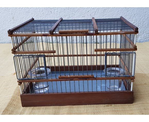 Birdcage with glass trough